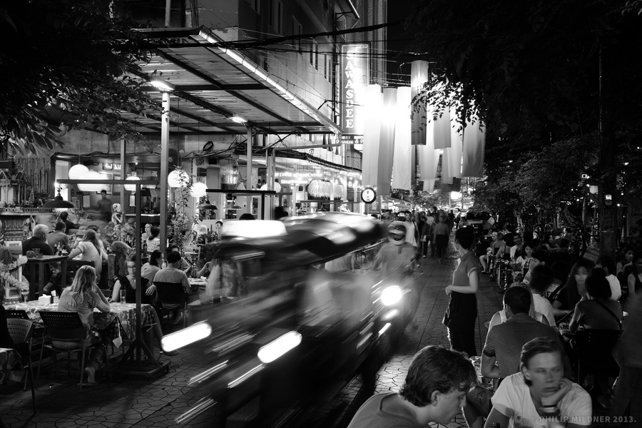 Busy night life near Khaosan road, Bangkok.